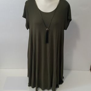 Pinc Swing Tshirt Dress w attached necklace